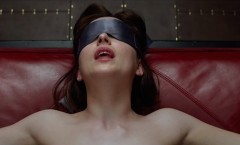 Cinquanta-Sfumature-di-Grigio-Film-Anastasia-a-letto